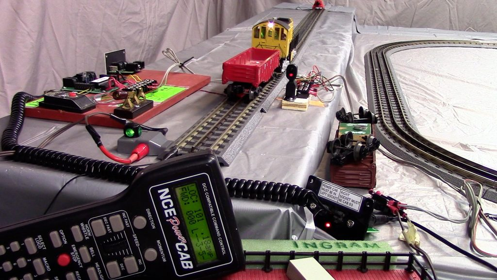 dcc-automatic-control-MTH-proto-3